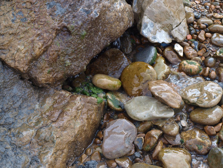 Meer, Strand, Steine und mehr