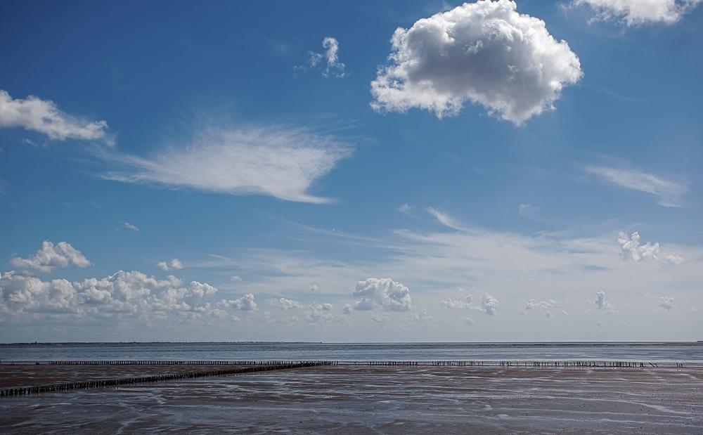 Meer und Himmel mit nichts sonst...