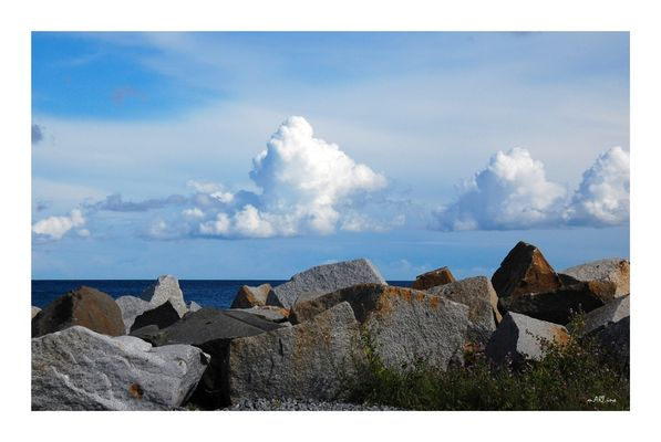 Meer, Wolken und Steine....