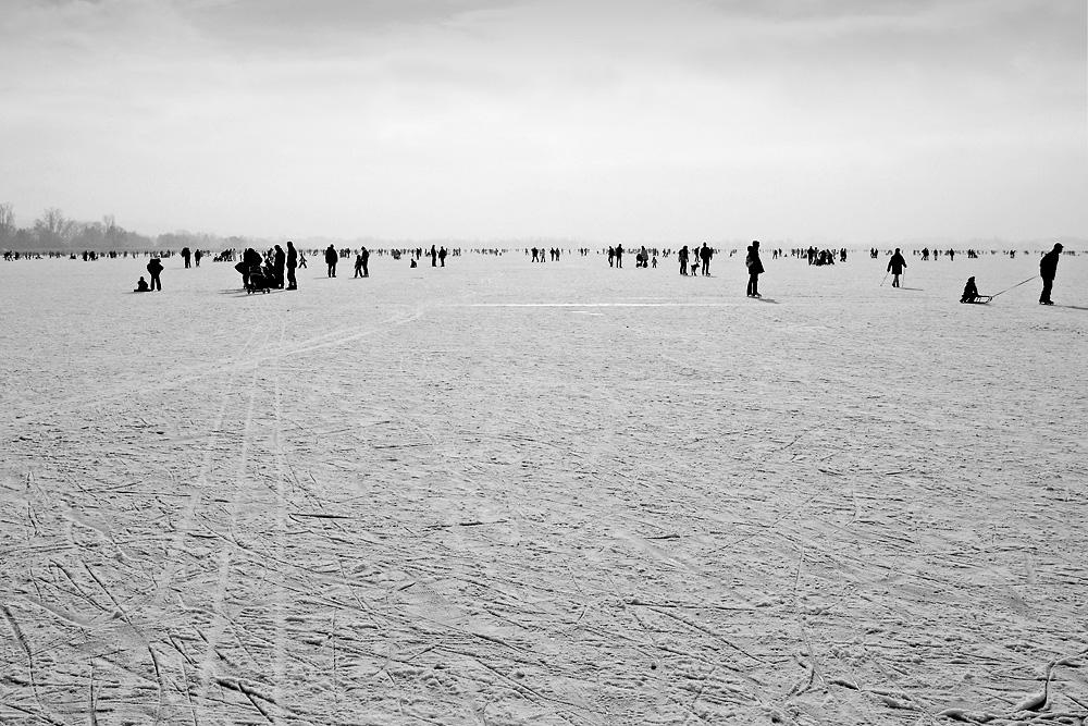meet on ice