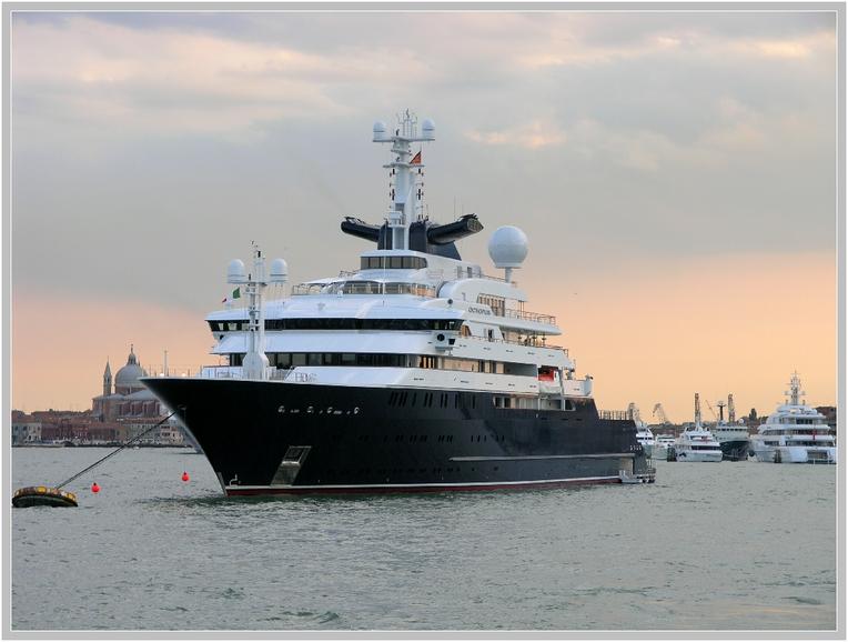 Mega Yacht Octopus Foto Bild