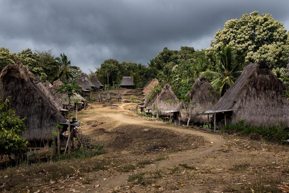 Megalith Dorf auf Flores