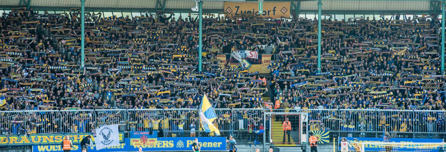 mehr als 20000 halten zusammen - Eintracht Braunschweig