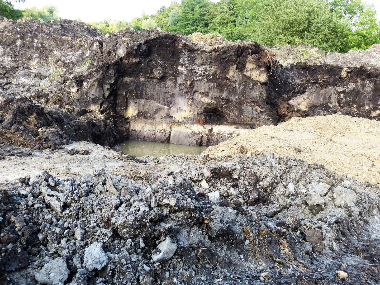 Mehrere Meter starke Torfschicht in A 30 Baustelle Blutwiese