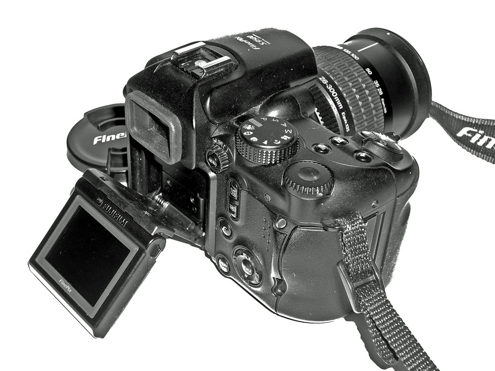 Mein Arbeitsgerät Digital FinePix S9500 Bild 2