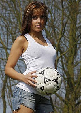 Mein Ball....