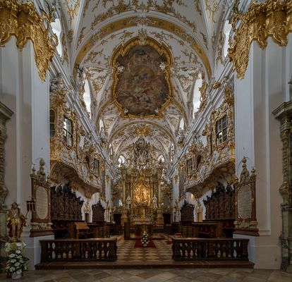 """Mein """"Blick zum Chor """" in der Stiftskirche zur Alten Kapelle in Regensburg"""