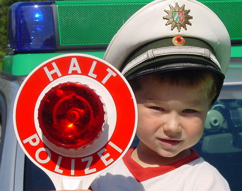 Mein Freund als richtiger Polizist