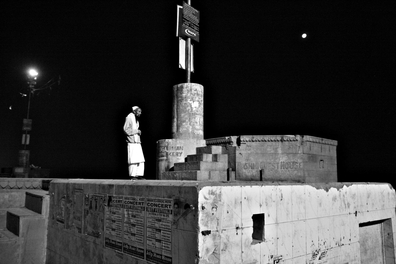 Mein freund Ismail er ist ein nacht wandler (somnambulist) ;-(((