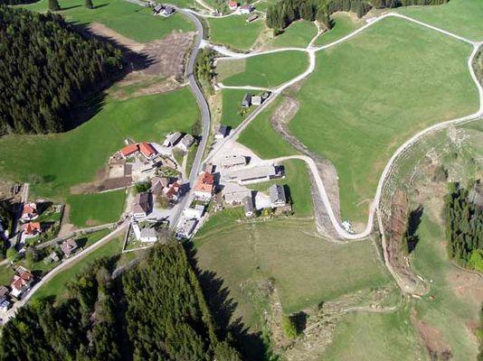 Mein Heimatort Kreuzen - aus 1800 m Höhe