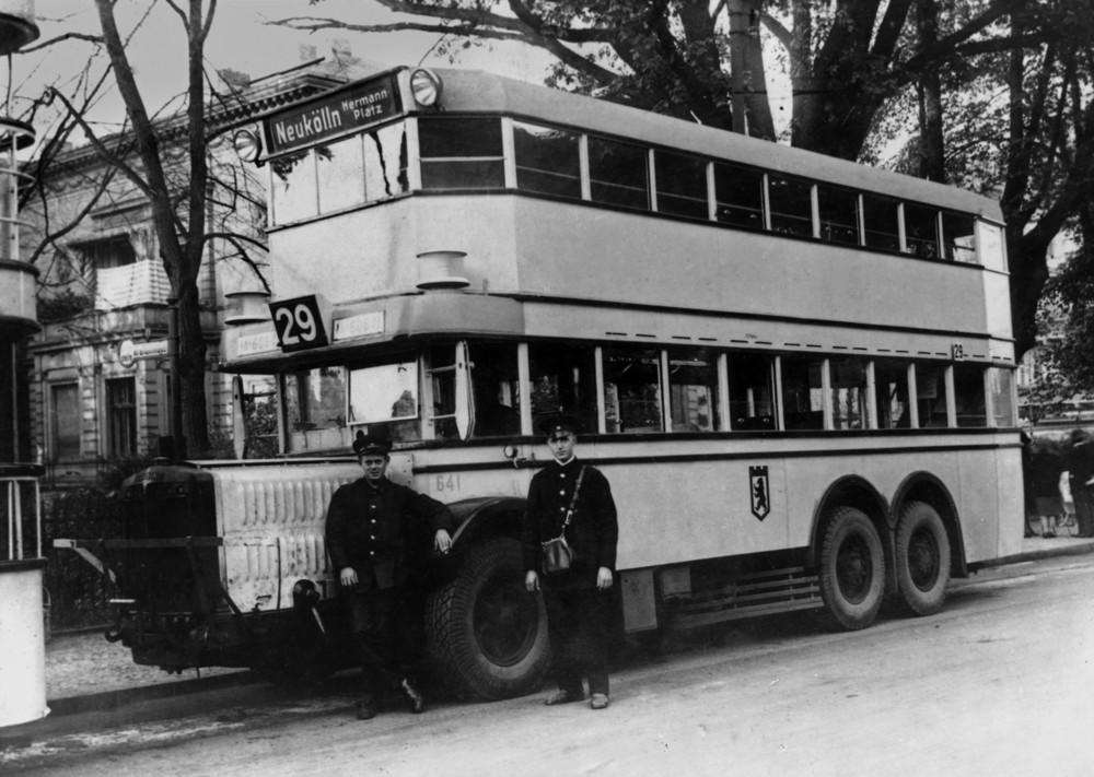 """Mein Opa """" der Busfahrer """""""