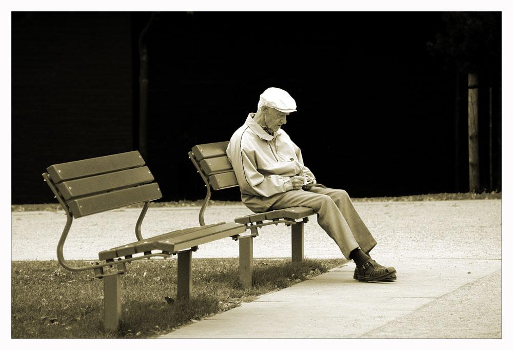 Mein rechter Platz ist leer... (reload) von André Finken