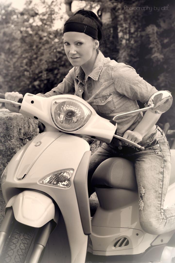 Mein Roller ist der Schnellste...:)