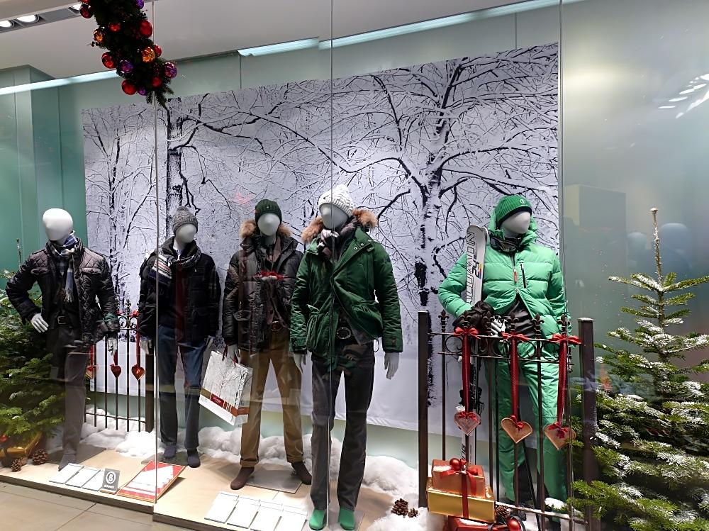 Mein schaufenster zur weihnachtszeit foto bild medien und werbung m nster prinzipalmarkt - Schaufensterdekoration weihnachten ...