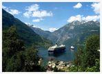 """Mein Schiff"" meets Hurtigruten"