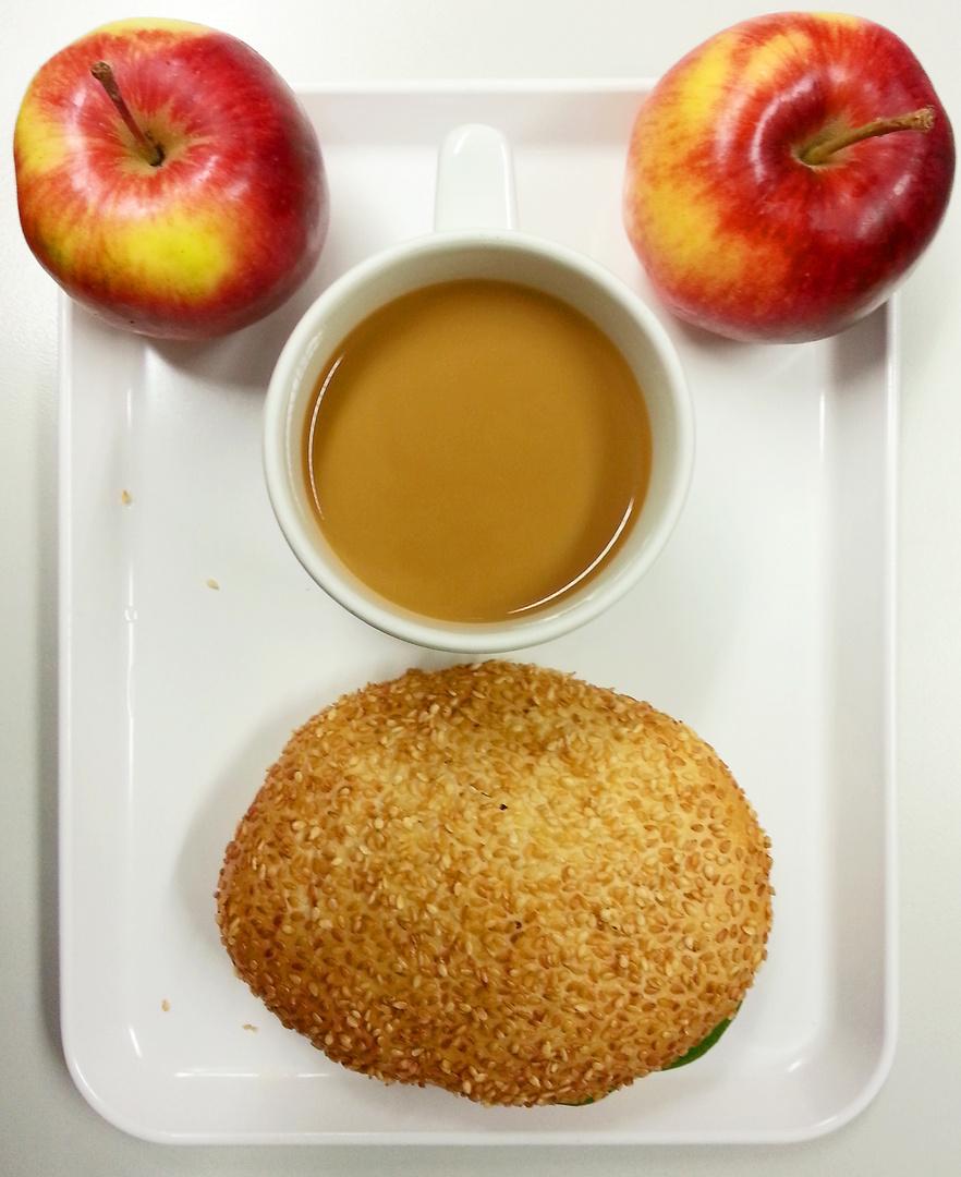 mein stieläugiges Frühstück staunte ganz schön, als ich es fotografierte....