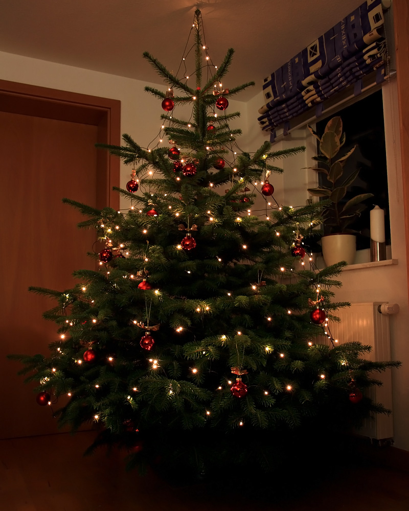 mein weihnachtsbaum foto bild gratulation und. Black Bedroom Furniture Sets. Home Design Ideas