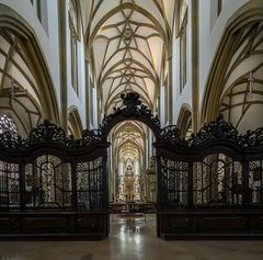 """Mein""""Blick ins Langhaus"""" in der Kirche St. Ulrich und Afra (Augsburg)"""