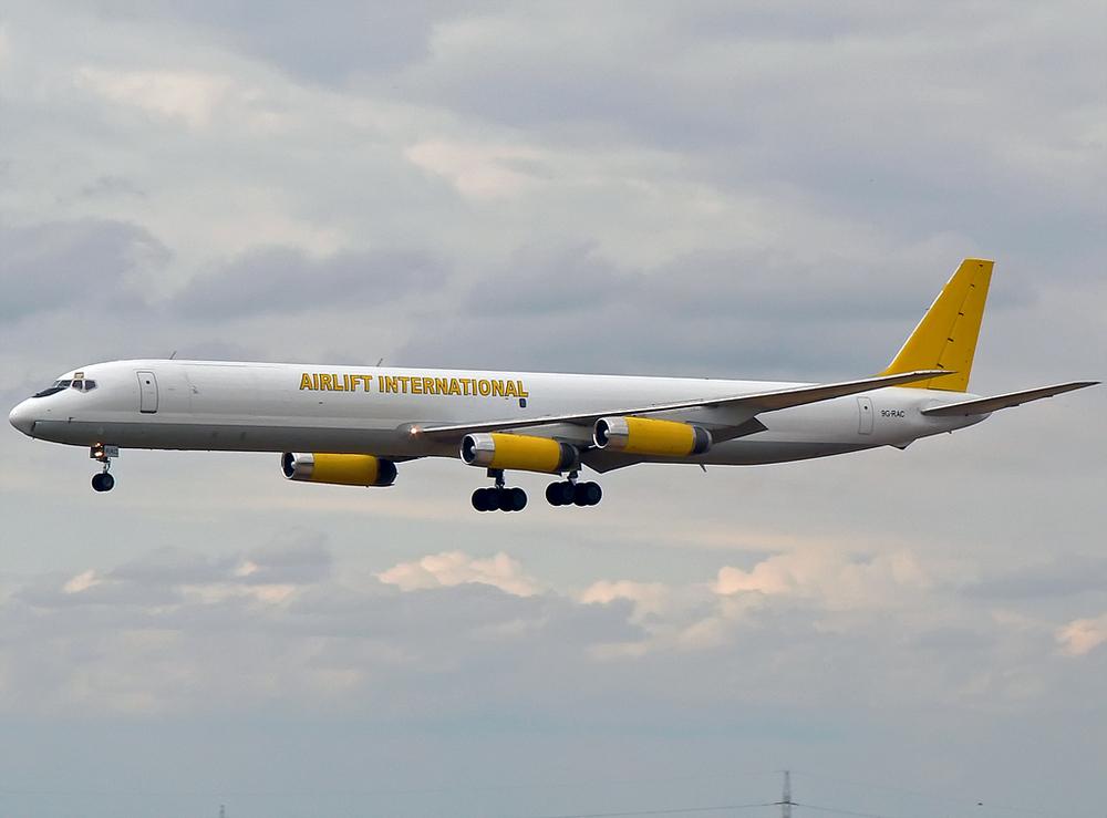meine 2te DC-8 :-)) !