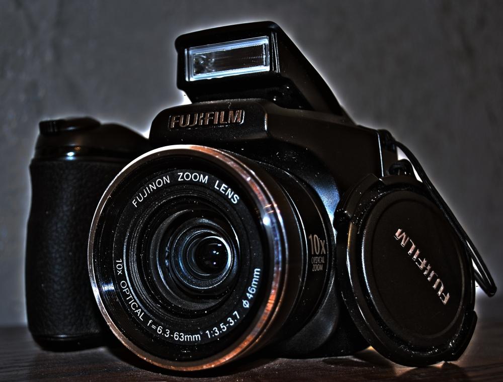 Meine alte ;-) FinePix S5800