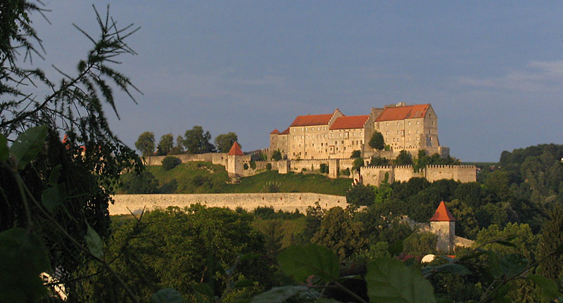 """""""meine"""" Burg im Abendlicht"""