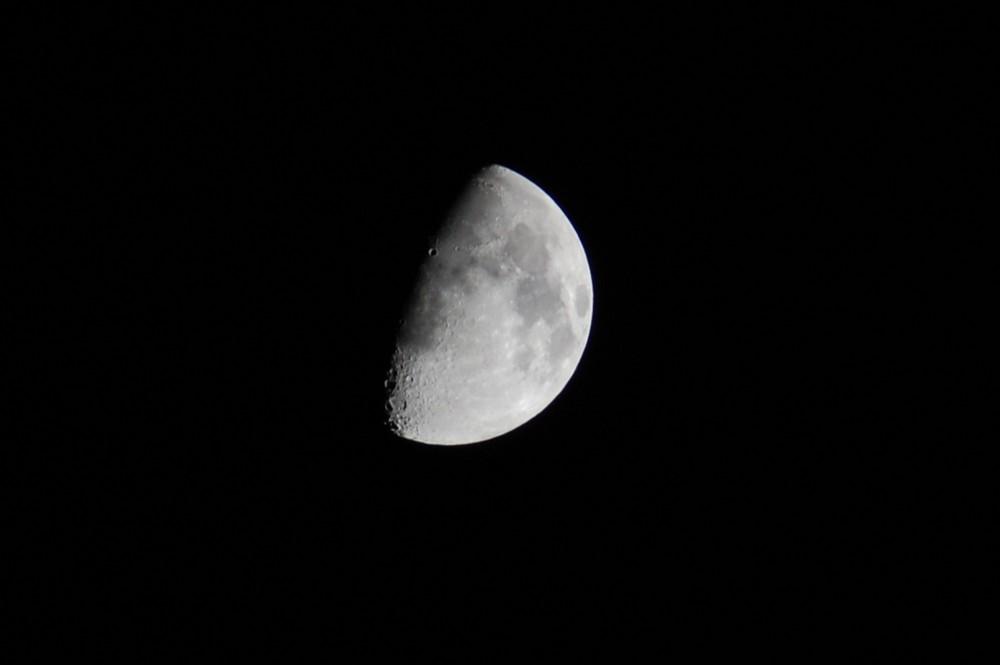 Meine erstes Mondfoto