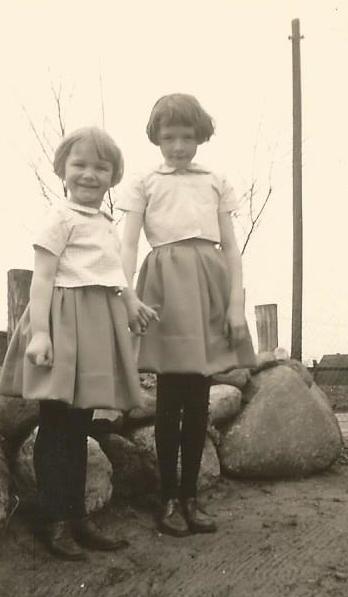 meine kleine Schwester und ich