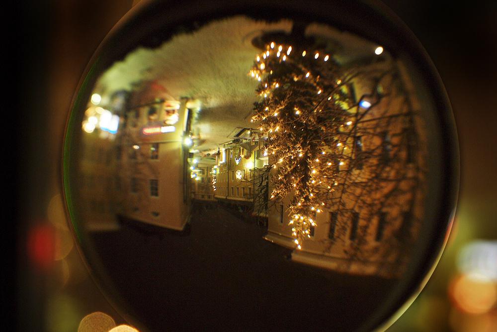 Meine weihnachtliche Straße - kopfunter!