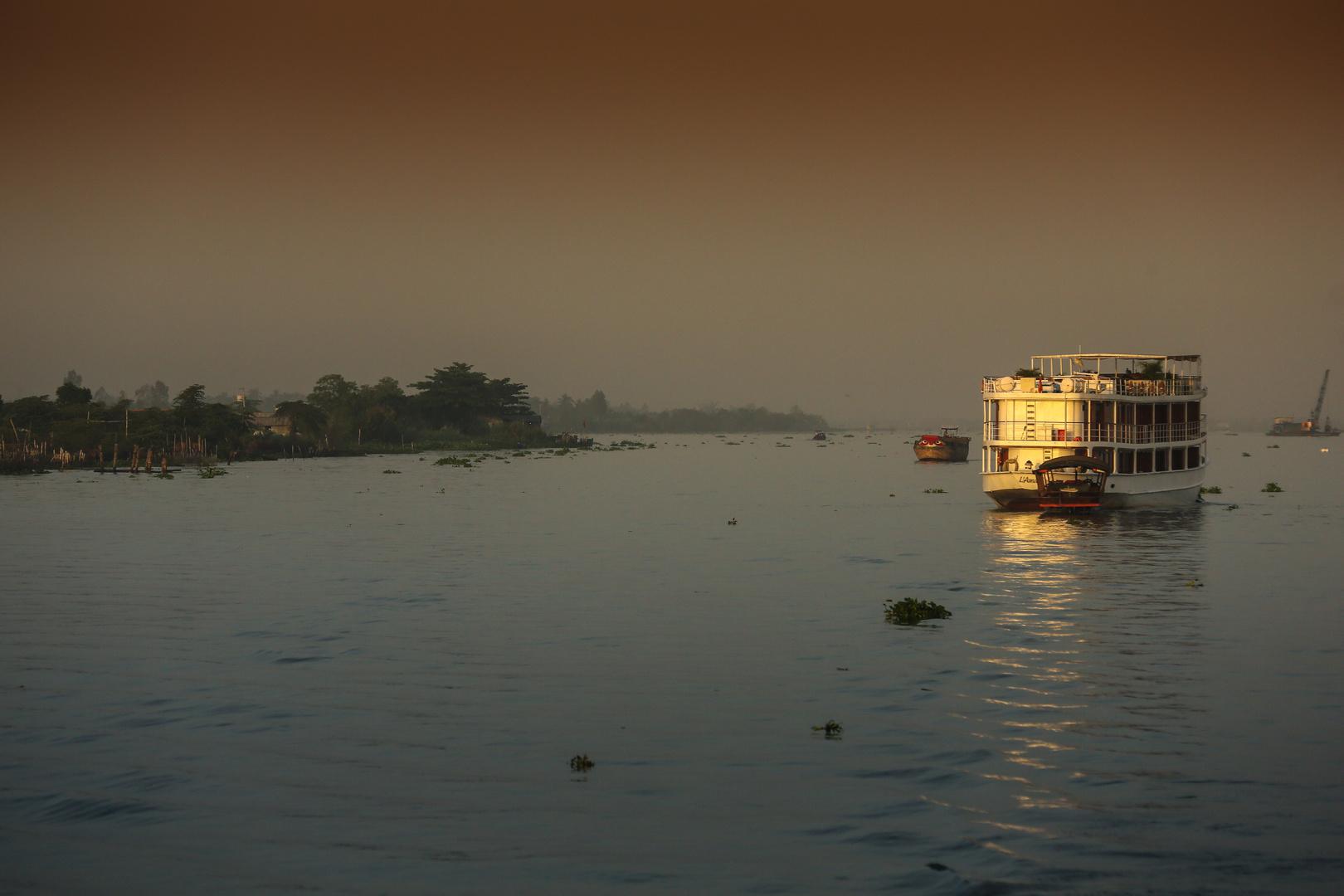 Mekong Ausflugsschiff