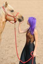 Mel mit Pferd