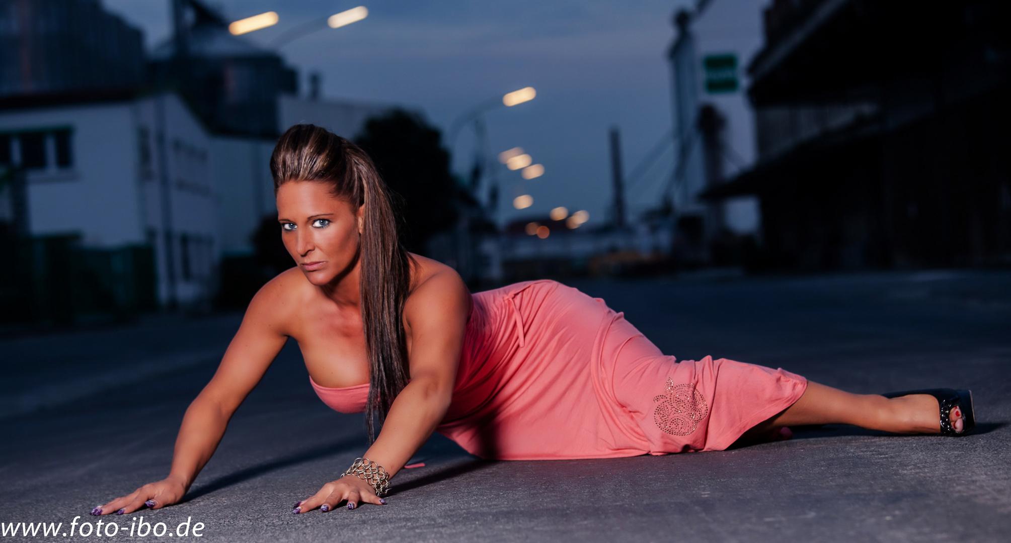 ..Melanie mein neustes Model und fest Im Team Ibo