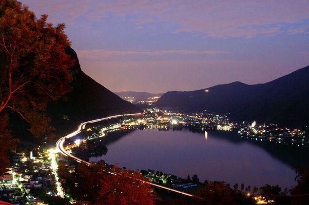 Melano bei Nacht
