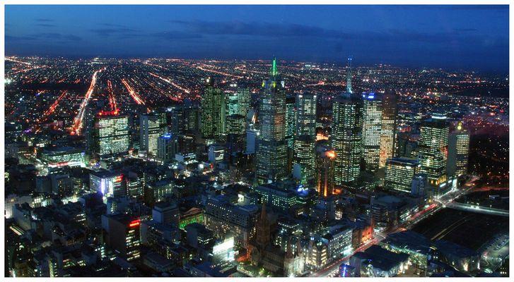 Melbourne @ night 2