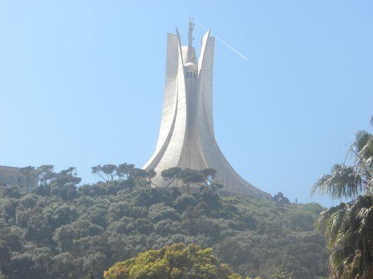 Mémorial du martyr : ((Alger))
