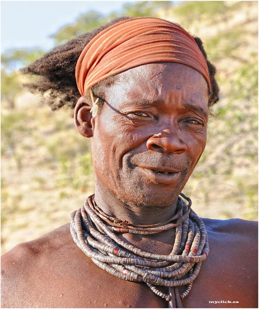 MEMORIAS DE AFRICA -EL JEFE HIMBA- KUKENE -NAMIBIA