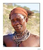 MEMORIAS DE AFRICA-EL JEFE HIMBA -OPOWO-NAMIBIA