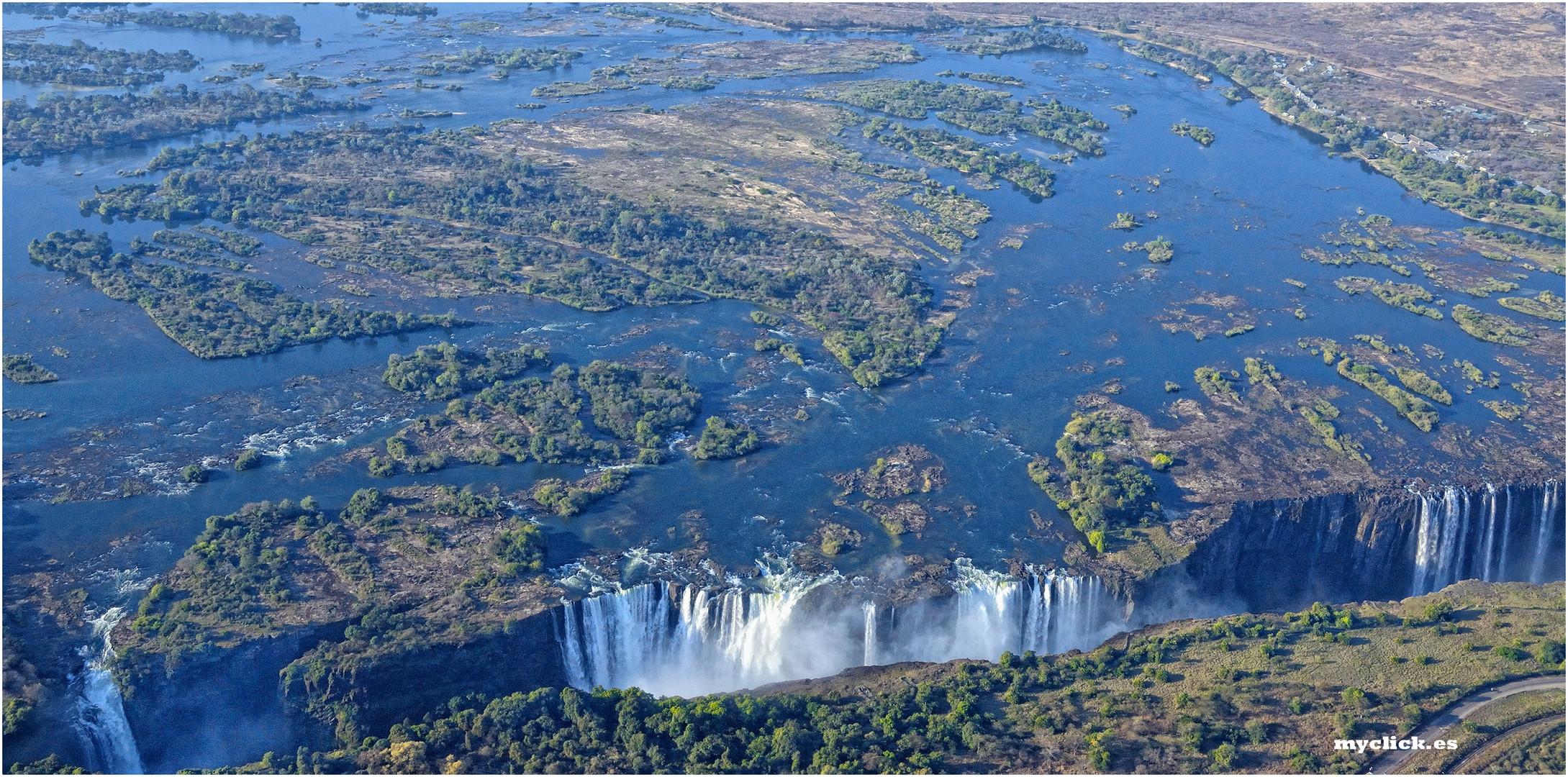 MEMORIAS DE AFRICA -EL RIO ZAMBEZE Y LA CATARATA VICTORIA ZIMBAWE