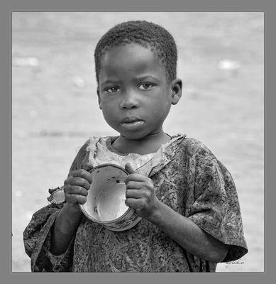 MEMORIAS DE AFRICA-EN UN PUEBLO CUALQUIERA -UGANDA
