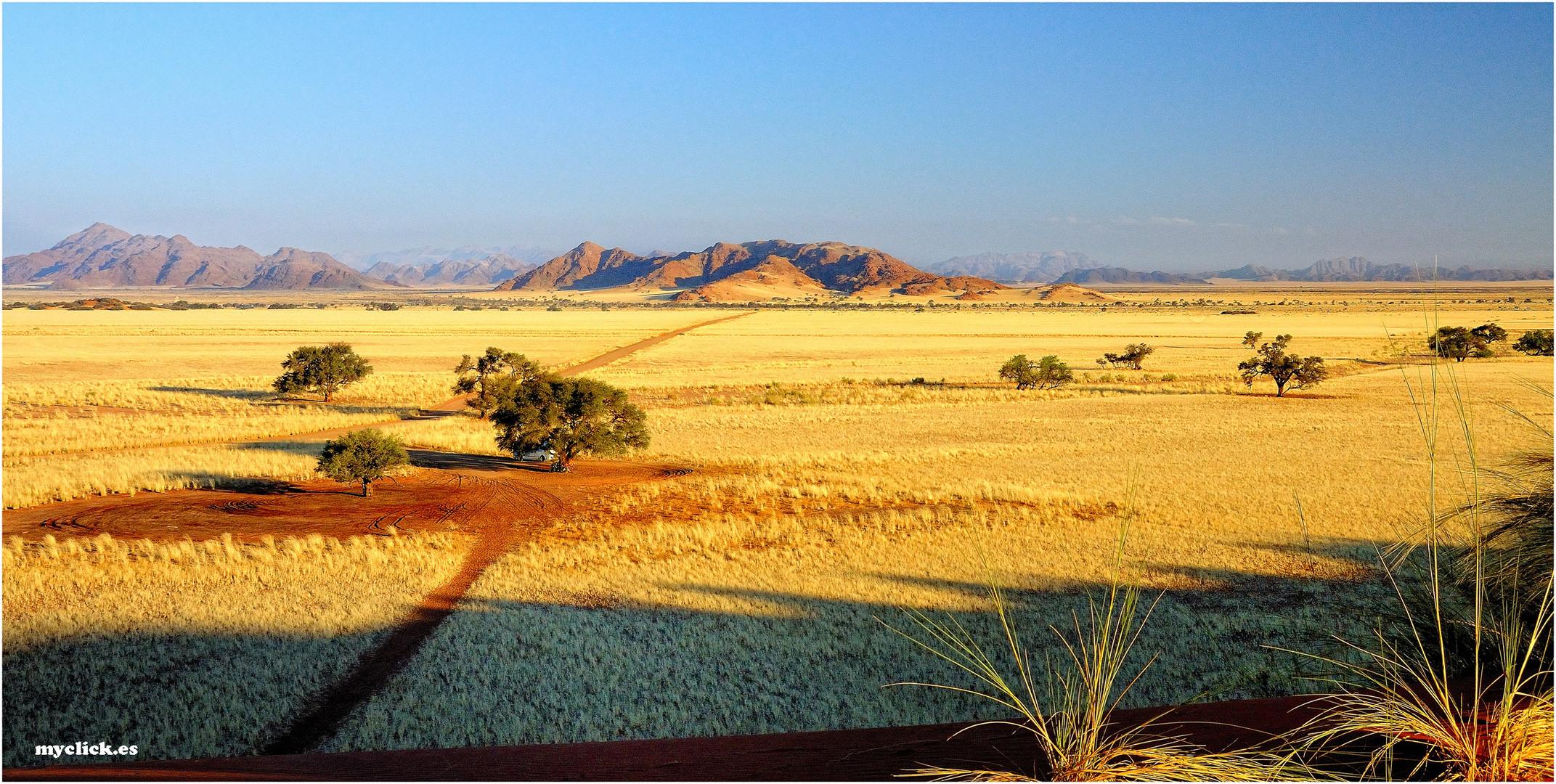 MEMORIAS DE AFRICA-PAISAJES DE SOSSUVLEI-NAMIBIA