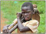 MEMORIAS DE AFRICA-POR ALLI DIOS NO PASO -NIÑOS DE KALAGALA-UGANDA