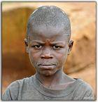 MEMORIAS DE AFRICA-UN CHICO DE KALAGA-UGANDA