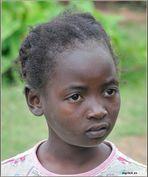 MEMORIAS DE AFRICA-UNA NIÑA-KENIA