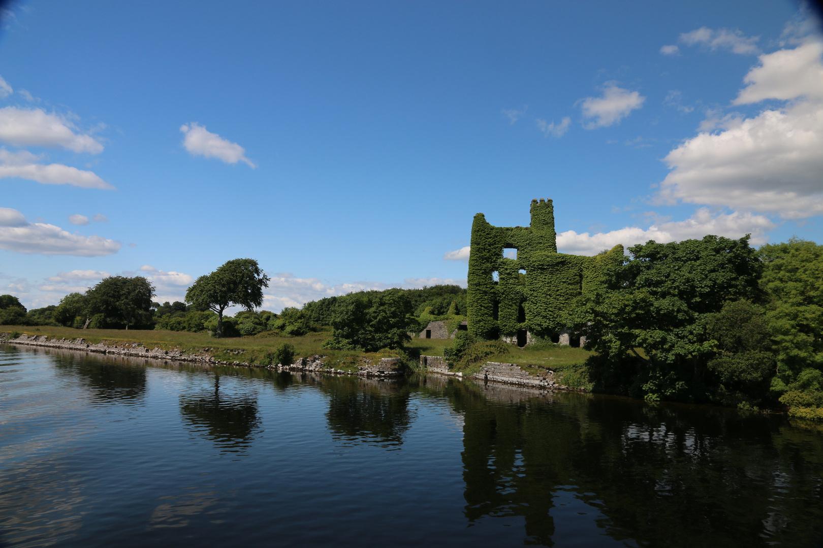 Menlo Castle am Lough Corrib 6.2014