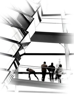 Menschen in der Reichstagskuppel
