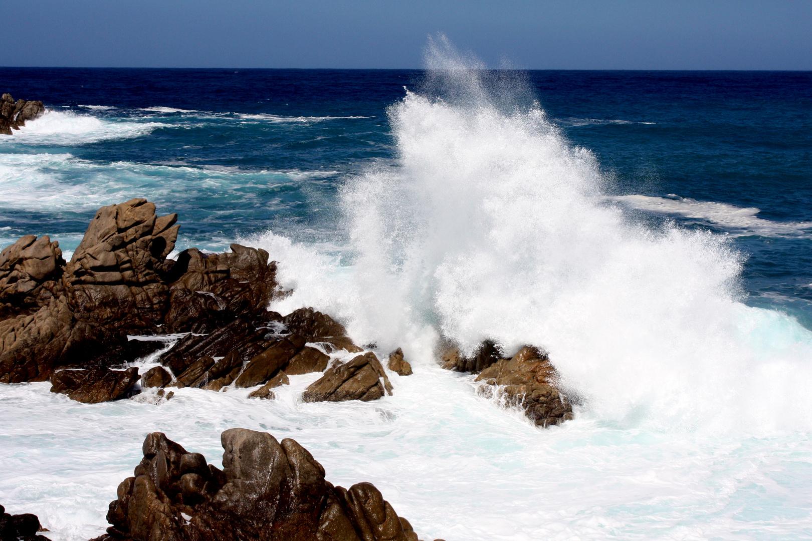 Mer déchainée en Corse