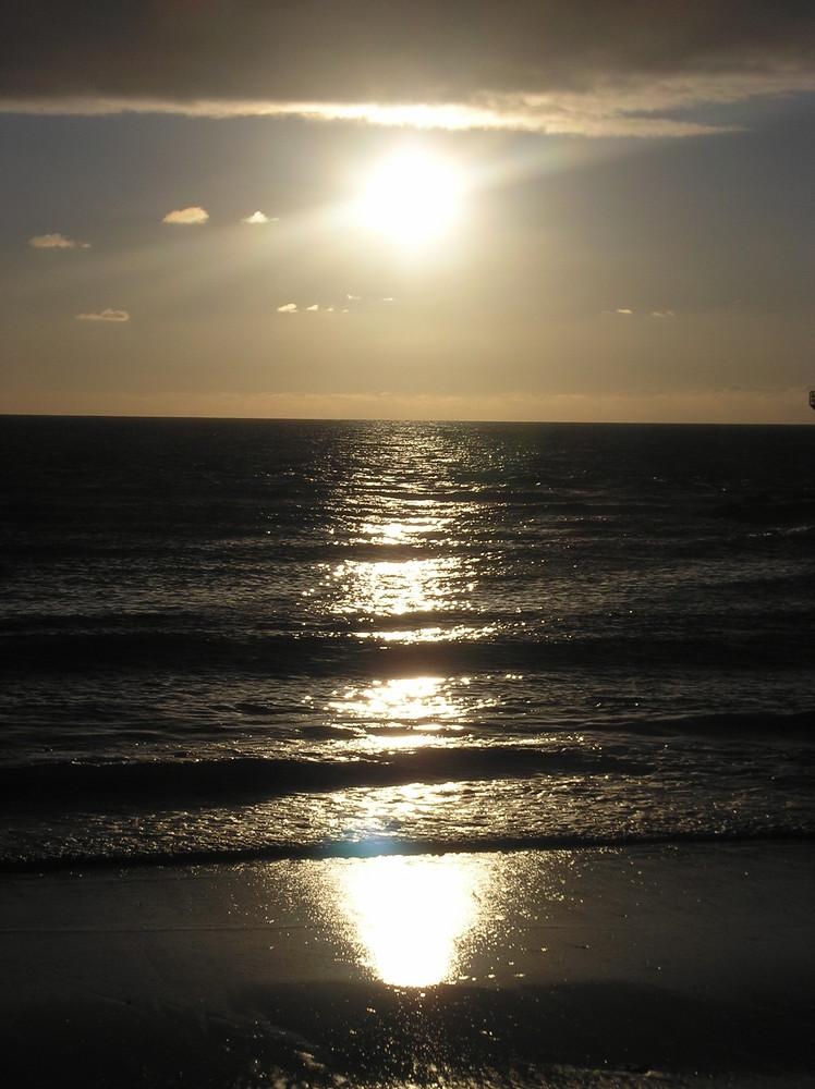 mer soleil et un peu de nuage