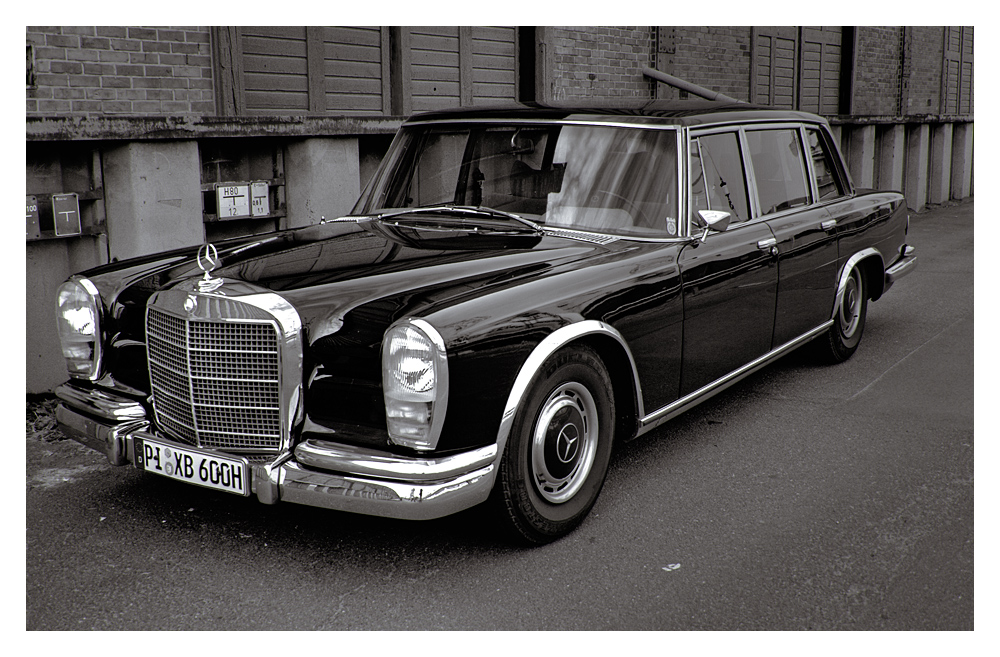 Mercedes 600 (2)