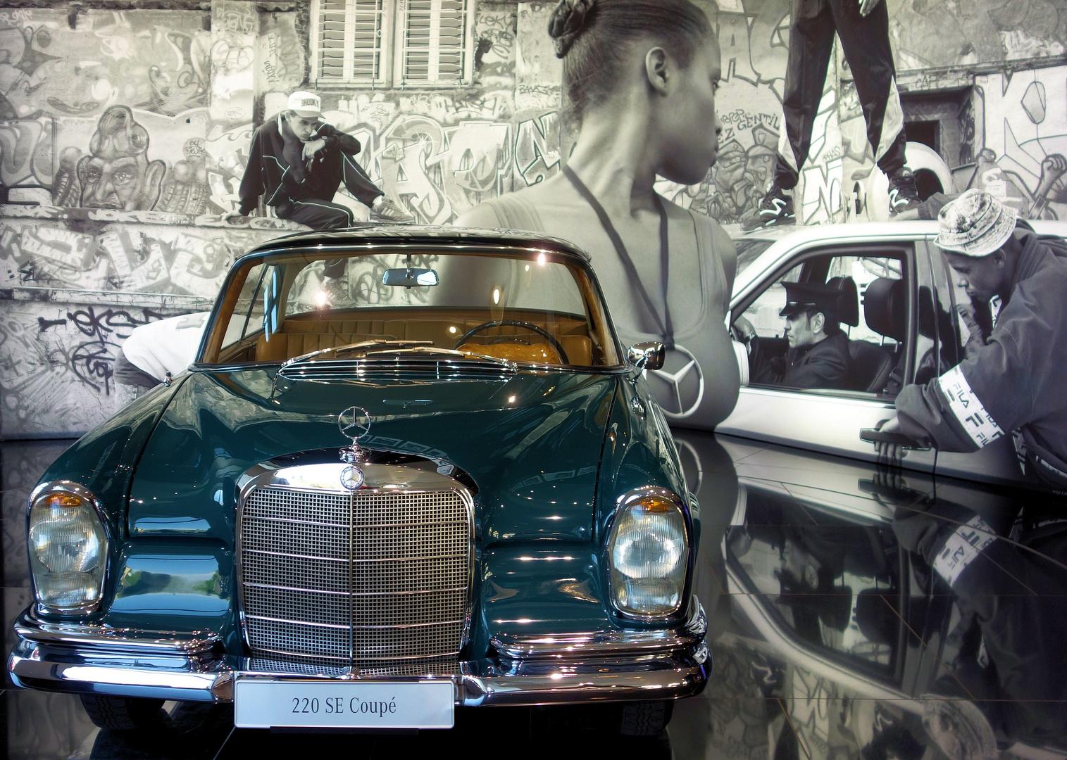 Mercedes Benz 220SE Coupe 3