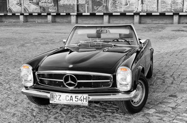 Mercedes Benz 280SL II