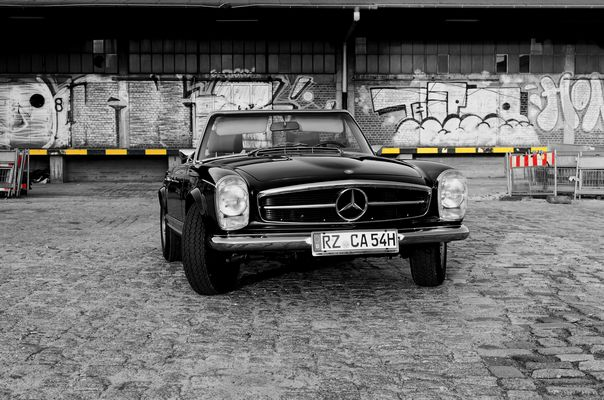Mercedes Benz 280SL V